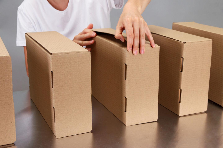 HiDubai-business-salim-al-toki-cargo-forwarding-clearing-shipping-logistics-sea-cargo-services-ayal-nasir-dubai-2