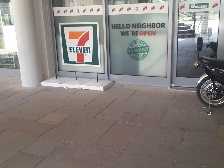 HiDubai-business-7-eleven-food-beverage-supermarkets-hypermarkets-grocery-stores-jumeirah-lake-towers-al-thanyah-5-dubai