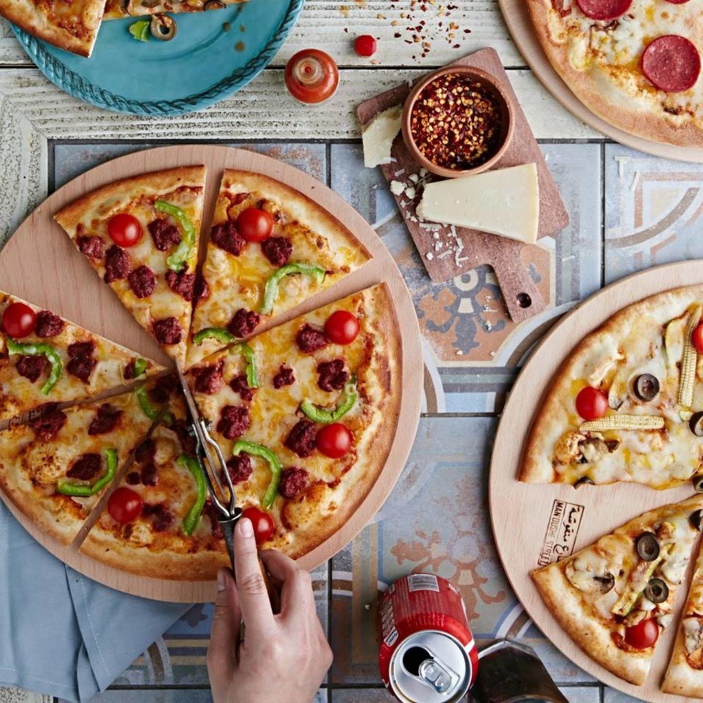 HiDubai-business-manoushe-street-food-beverage-restaurants-bars-al-barsha-2-dubai