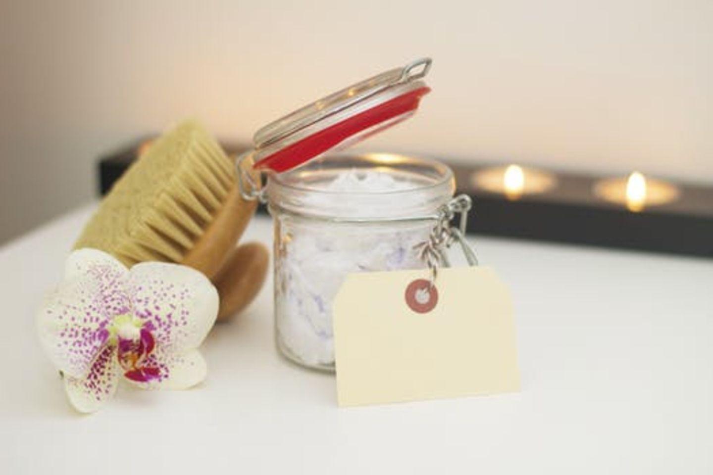 HiDubai-business-eyebrow-personal-care-spa-center-beauty-wellness-health-wellness-services-spas-oud-metha-dubai