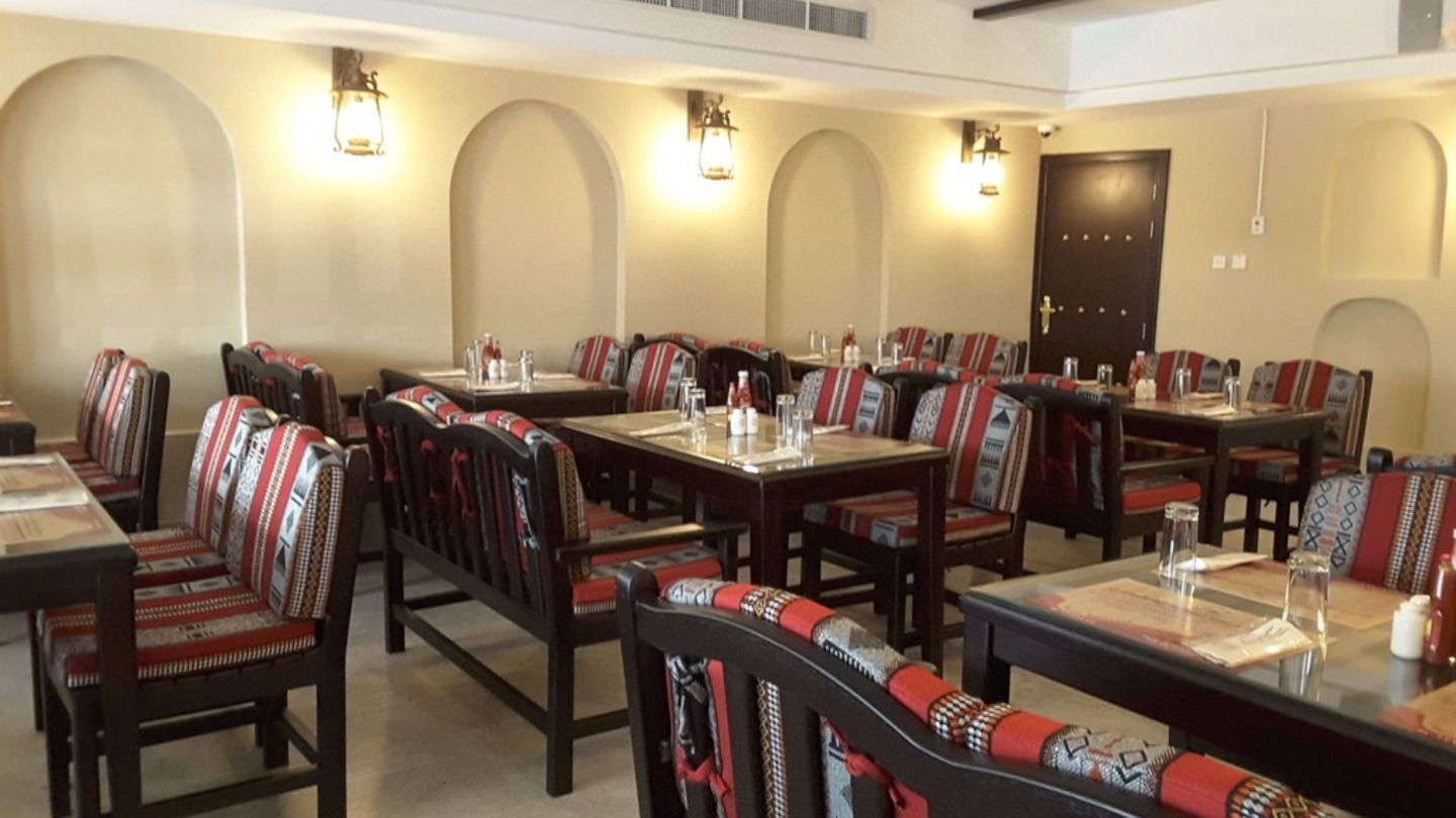 HiDubai-business-bin-eid-traditional-restaurant-food-beverage-restaurants-bars-al-rashidiya-dubai-2