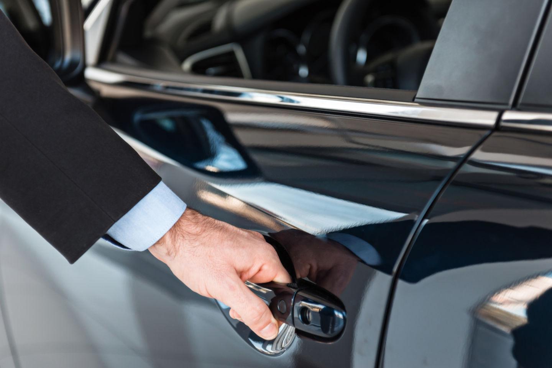 HiDubai-business-superior-car-rental-transport-vehicle-services-car-rental-services-tecom-al-thanyah-1-dubai-2