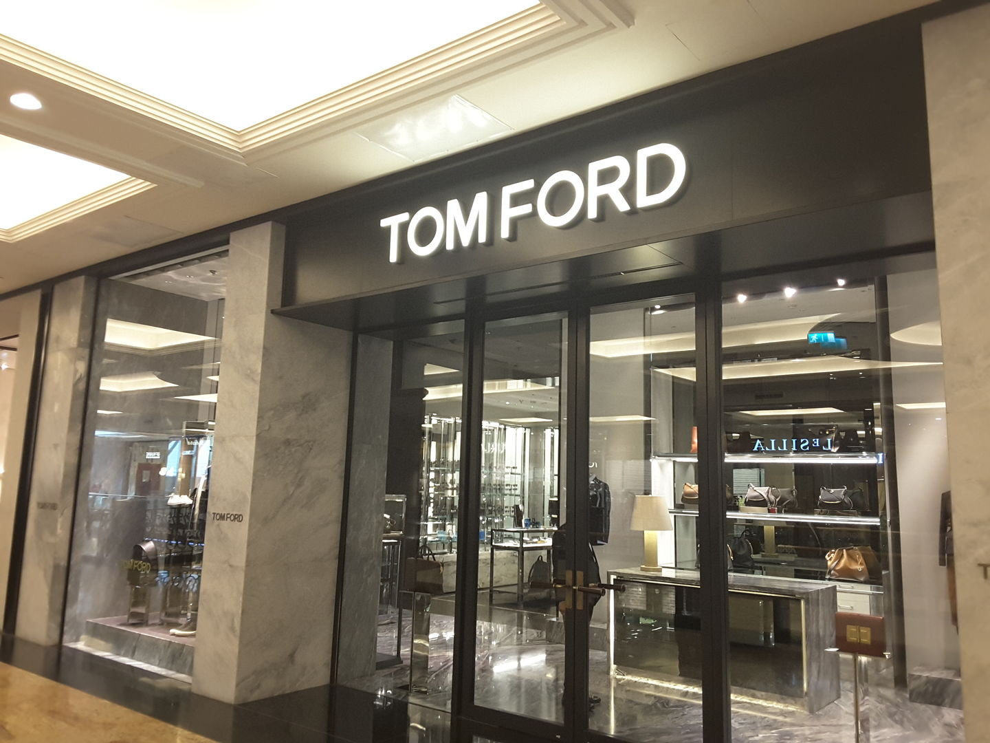 HiDubai-business-tom-ford-shopping-apparel-al-barsha-1-dubai-2