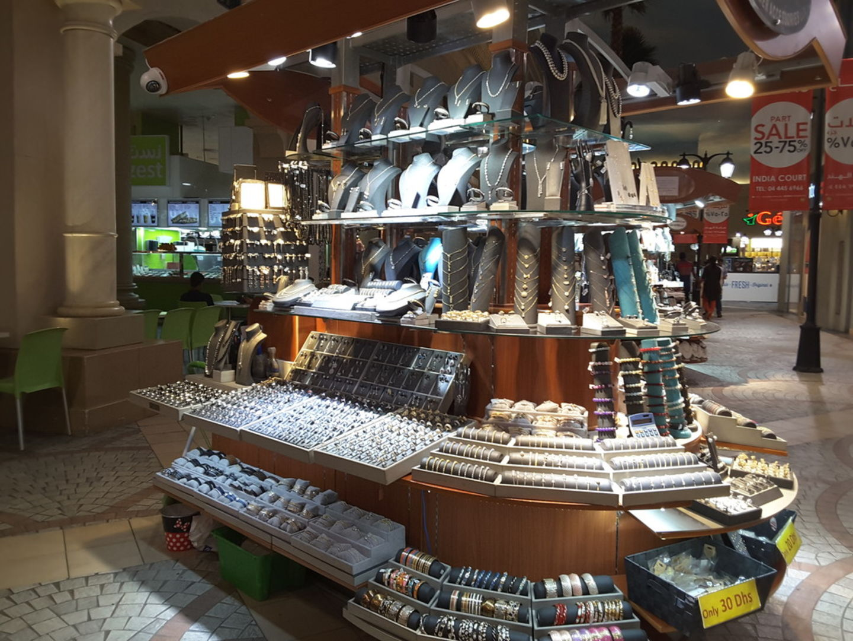HiDubai-business-belle-mer-accessories-shopping-fashion-accessories-ibn-batuta-jebel-ali-1-dubai-2