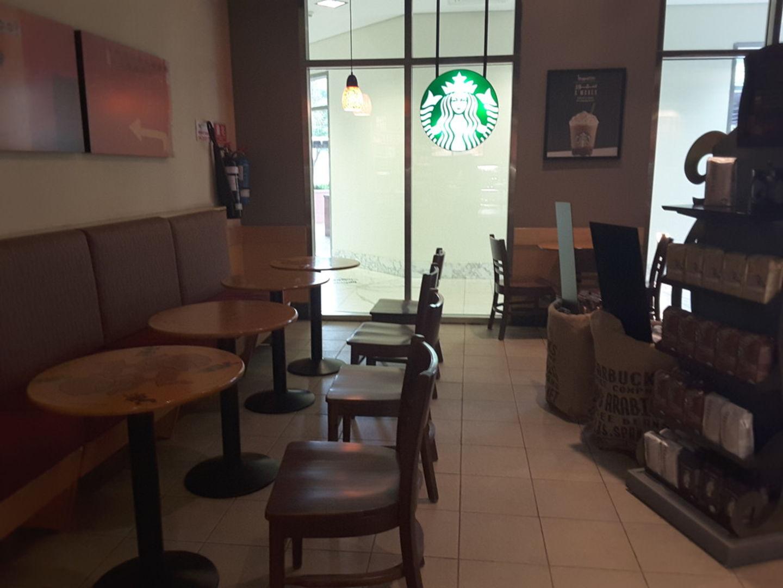 HiDubai-business-starbucks-food-beverage-coffee-shops-dubai-healthcare-city-umm-hurair-2-dubai-2