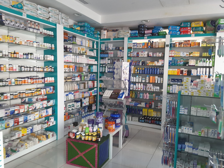 HiDubai-business-al-rawda-pharmacy-beauty-wellness-health-pharmacy-al-khabaisi-dubai-2