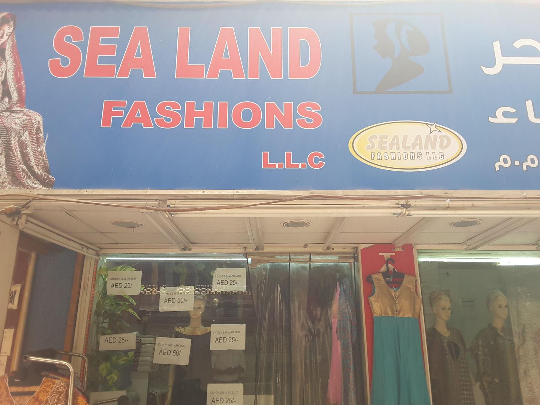 HiDubai-business-sea-land-fashions-shopping-apparel-meena-bazar-al-souq-al-kabeer-dubai-2