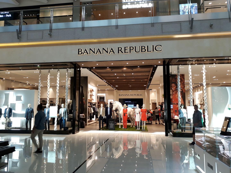HiDubai-business-banana-republic-shopping-fashion-accessories-burj-khalifa-dubai-2