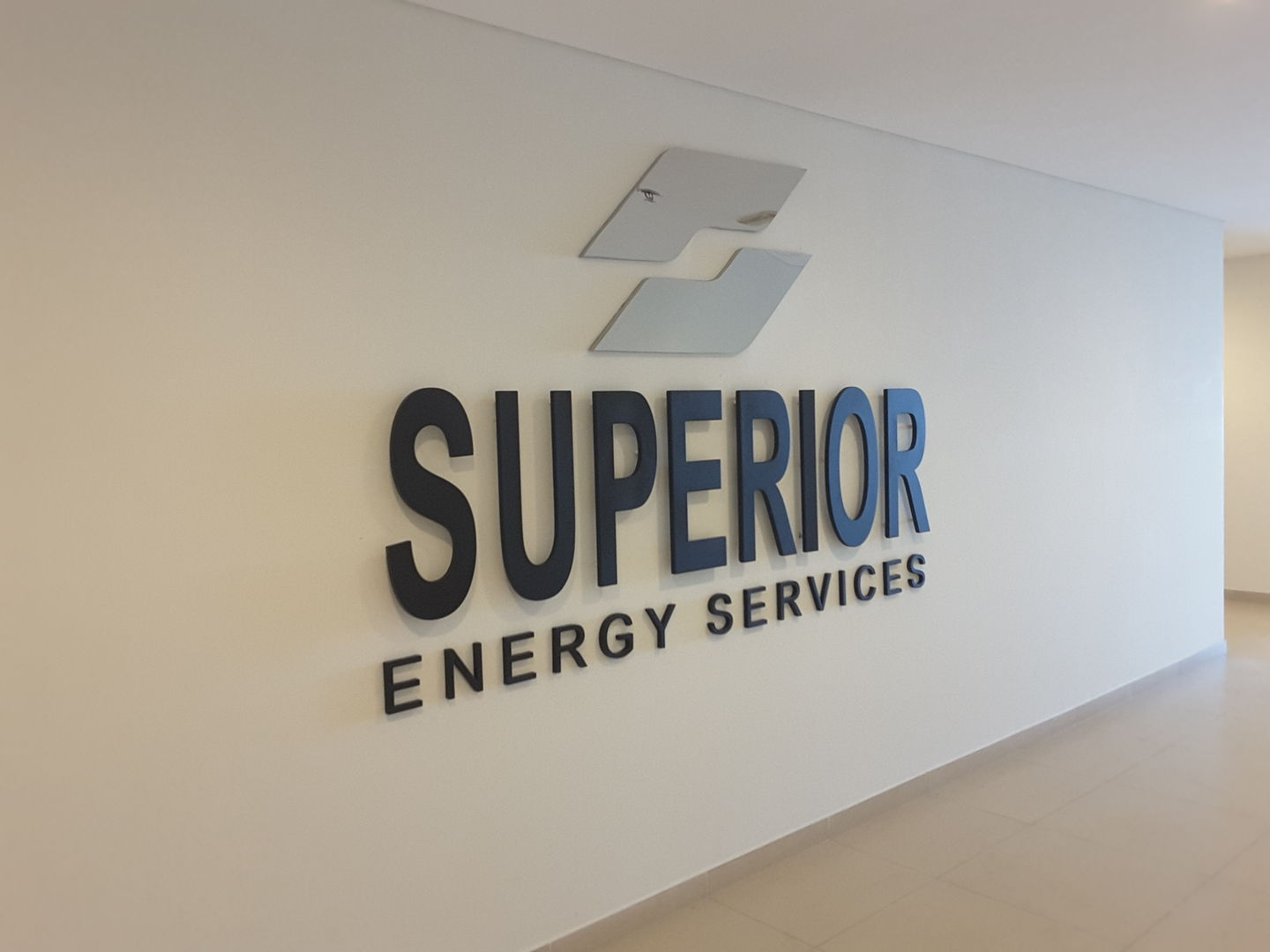 HiDubai-business-superior-energy-services-construction-heavy-industries-oil-gas-companies-al-barsha-1-dubai-2