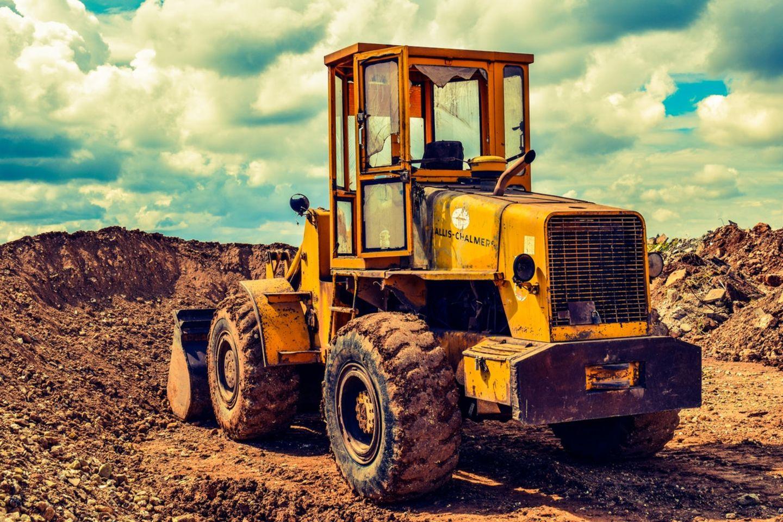 HiDubai-business-magdi-al-gabani-construction-heavy-industries-heavy-equipment-machinery-al-hamriya-port-dubai