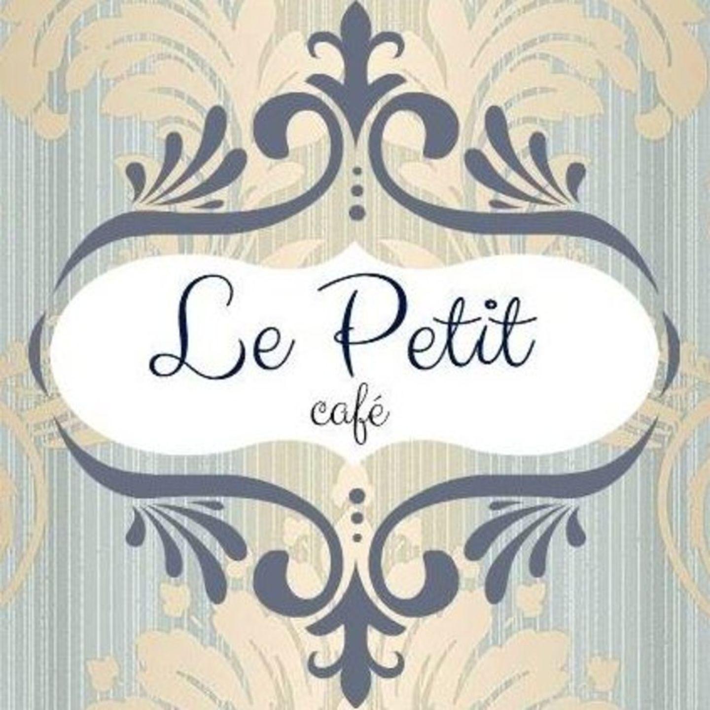 HiDubai-business-le-petit-cafe-food-beverage-coffee-shops-umm-suqeim-2-dubai