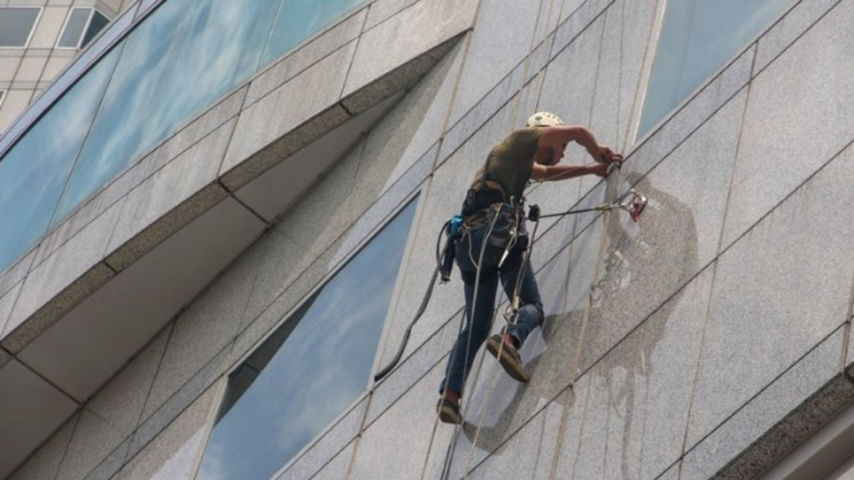 HiDubai-business-eleganza-technical-service-home-cleaning-services-burj-khalifa-dubai