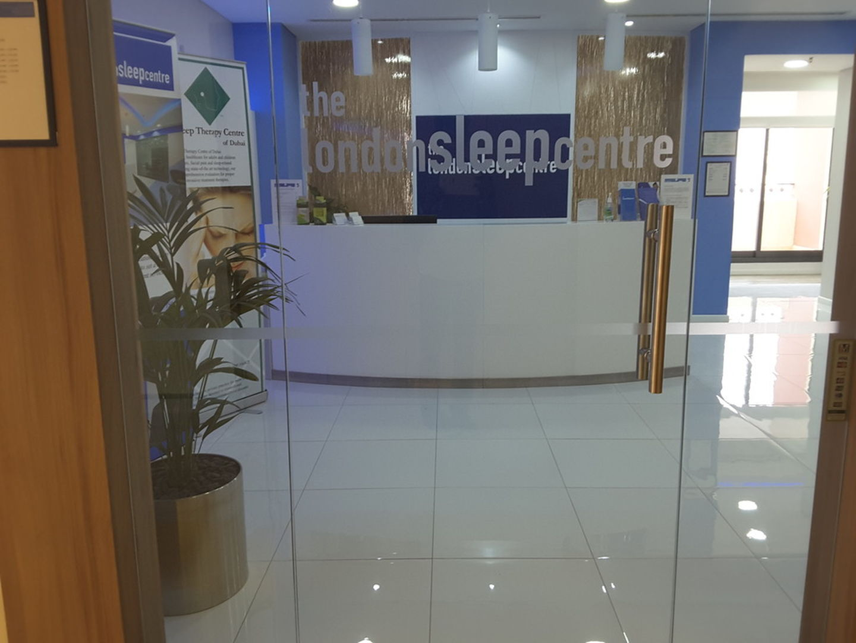 HiDubai-business-the-london-sleep-centre-beauty-wellness-health-specialty-clinics-dubai-healthcare-city-umm-hurair-2-dubai-2