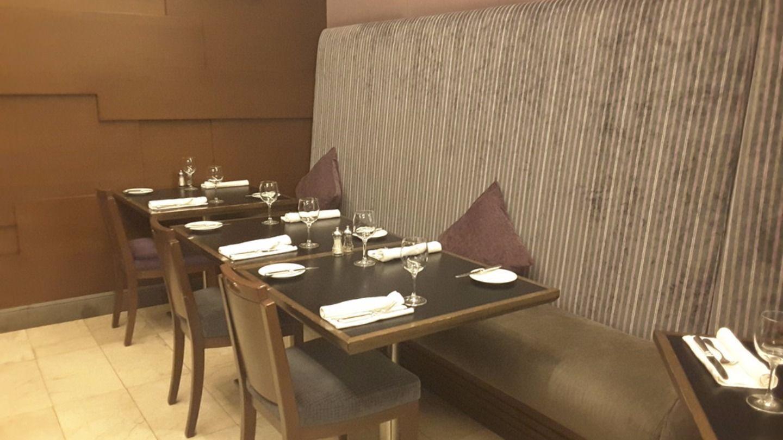 HiDubai-business-salmontini-le-resto-food-beverage-restaurants-bars-al-barsha-1-dubai-2