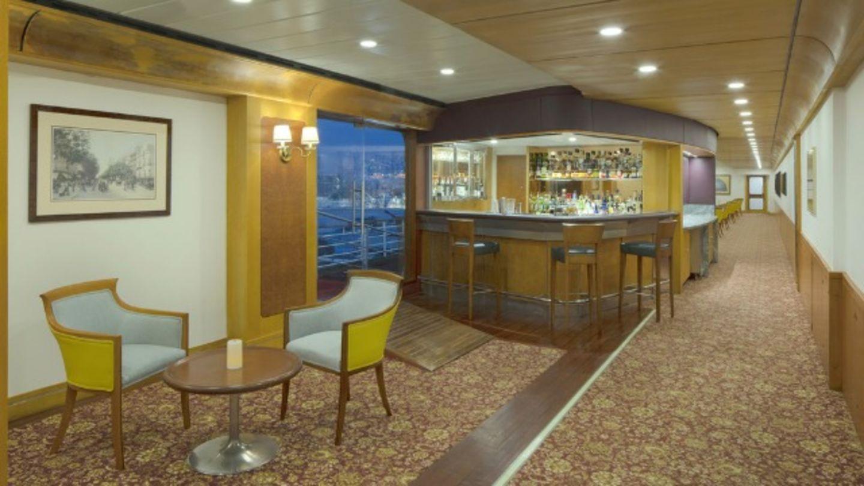 HiDubai-business-gin-bar-food-beverage-restaurants-bars-port-rashid-al-melaheyah-dubai