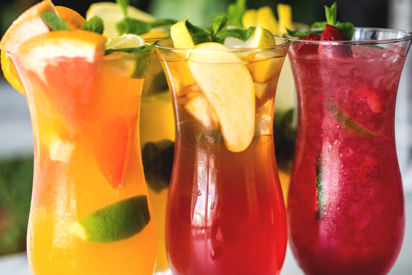 HiDubai-business-juicy-fruity-juice-bar-food-beverage-cafeterias-burj-khalifa-dubai-2
