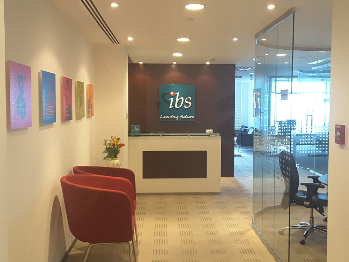 HiDubai-business-ibs-software-b2b-services-it-services-tecom-al-thanyah-1-dubai-2