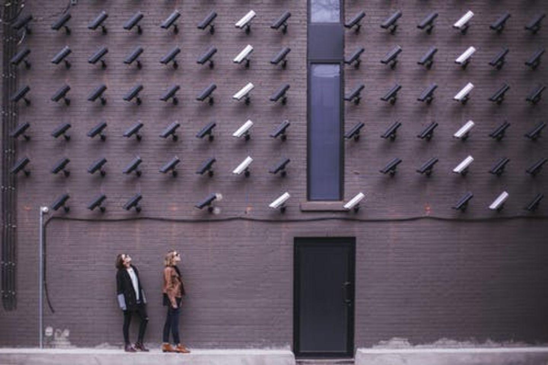 HiDubai-business-hello-camera-security-and-surveillance-systems-installation-b2b-services-distributors-wholesalers-hor-al-anz-east-dubai