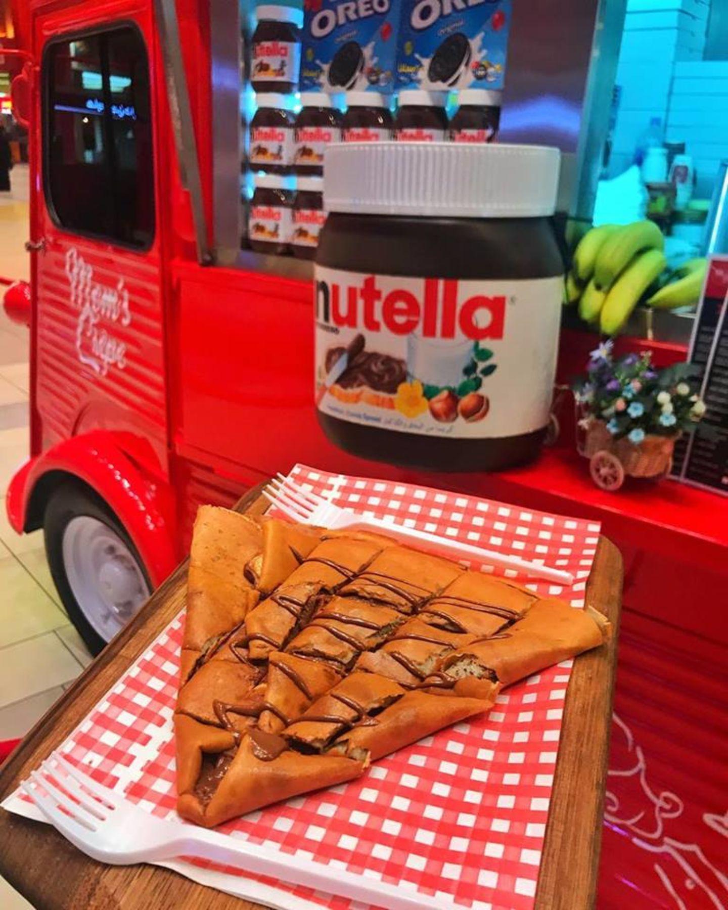 HiDubai-business-moms-crepe-food-beverage-bakeries-desserts-sweets-ibn-batuta-jebel-ali-1-dubai