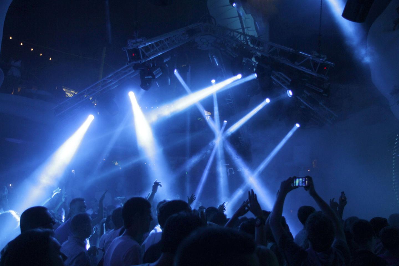 HiDubai-business-chandni-nightclub-leisure-culture-nightclubs-al-muraqqabat-dubai