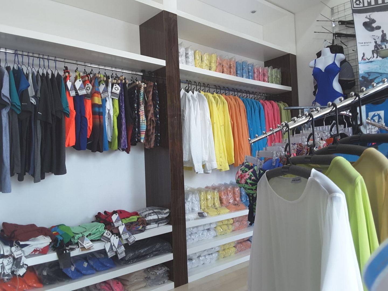 HiDubai-business-g-one-diving-equipment-shopping-sporting-goods-equipment-umm-suqeim-3-dubai-2