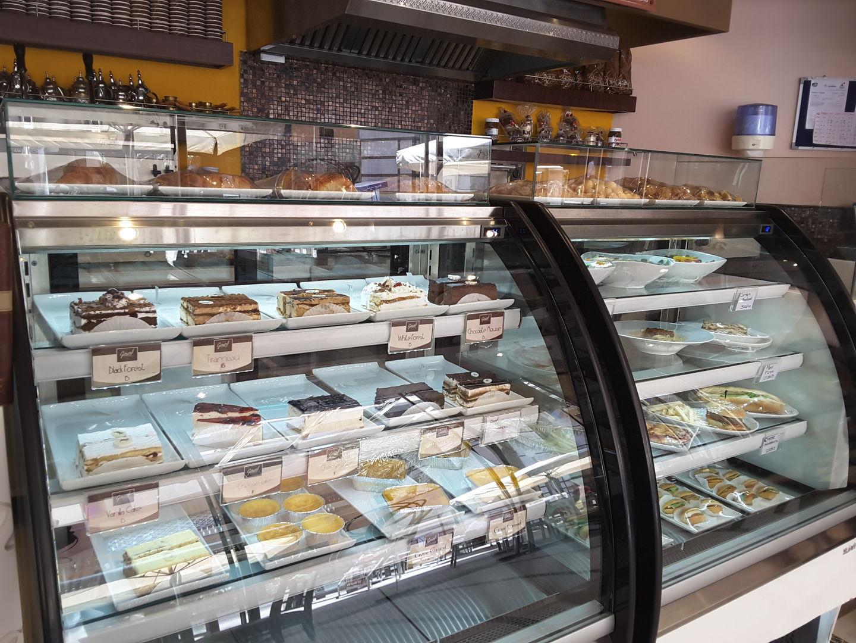 HiDubai-business-gerard-pastisserie-food-beverage-bakeries-desserts-sweets-al-rigga-dubai-2