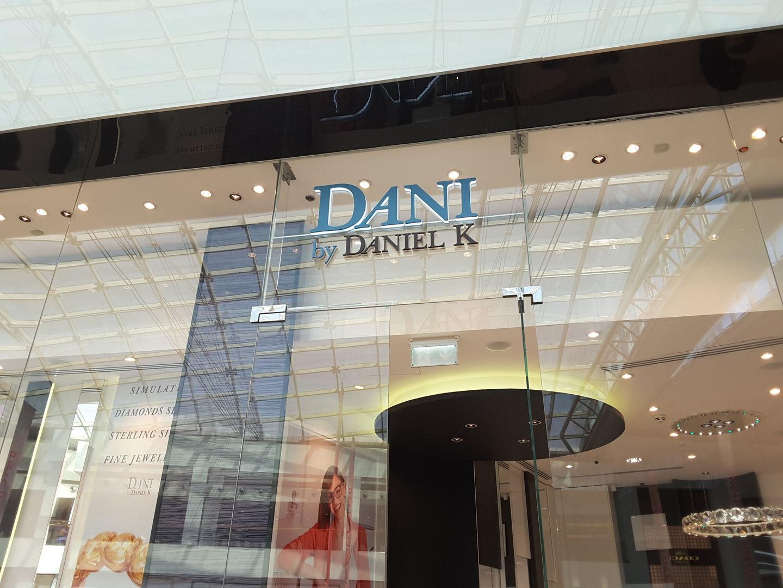 HiDubai-business-dani-by-daniel-k-shopping-jewellery-precious-stones-dubai-festival-city-al-kheeran-1-dubai-2