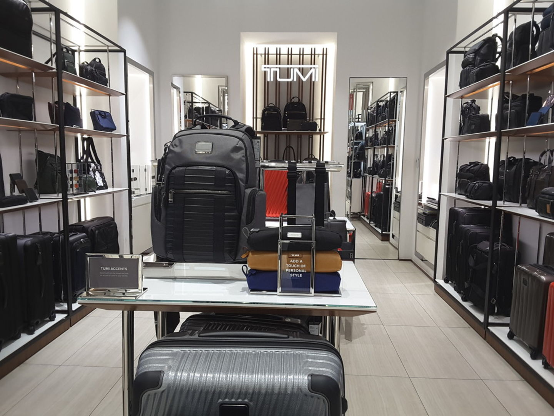 HiDubai-business-tumi-shopping-luggage-travel-accessories-al-barsha-1-dubai