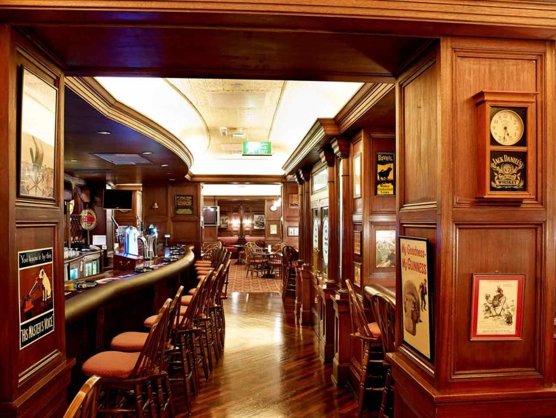 HiDubai-business-the-pub-food-beverage-restaurants-bars-al-rigga-dubai