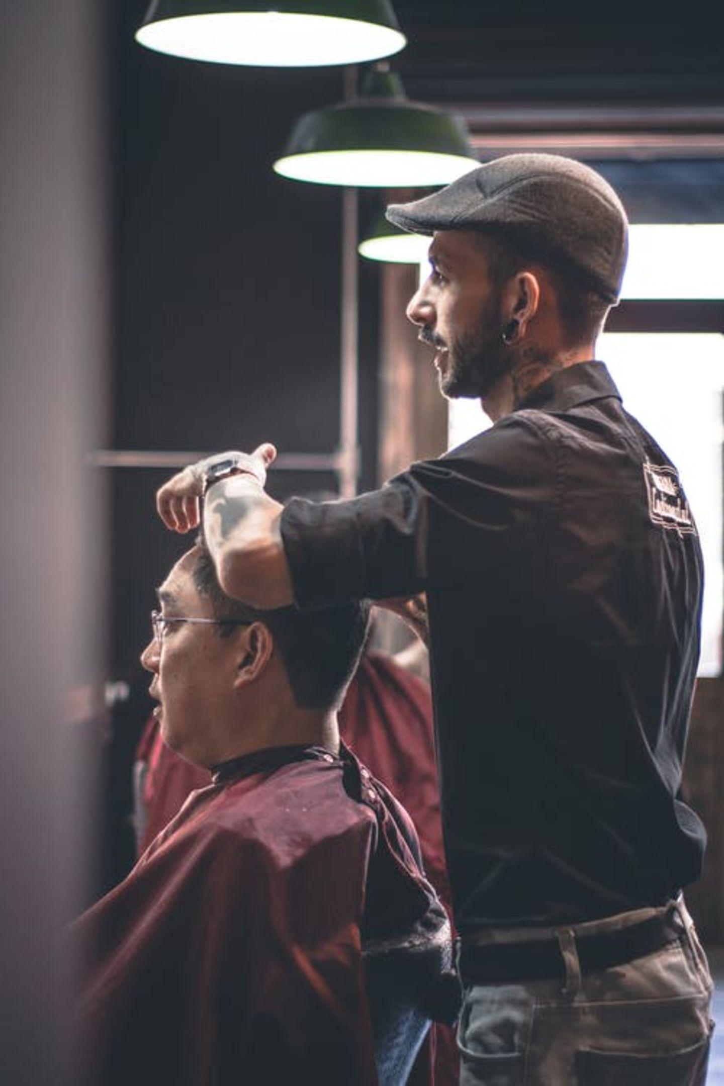 HiDubai-business-al-wasat-gents-saloon-beauty-wellness-health-beauty-salons-al-nahda-2-dubai