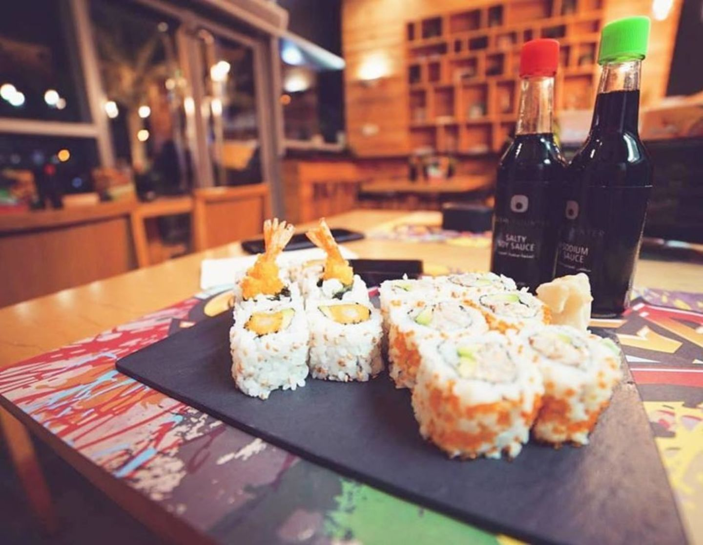 HiDubai-business-sushi-counter-restaurant-food-beverage-restaurants-bars-dubai-motor-city-al-hebiah-1-dubai