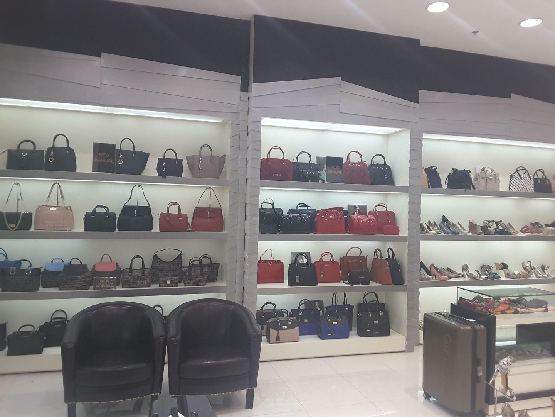 HiDubai-business-sacoche-trading-shopping-footwear-al-mizhar-1-dubai-2