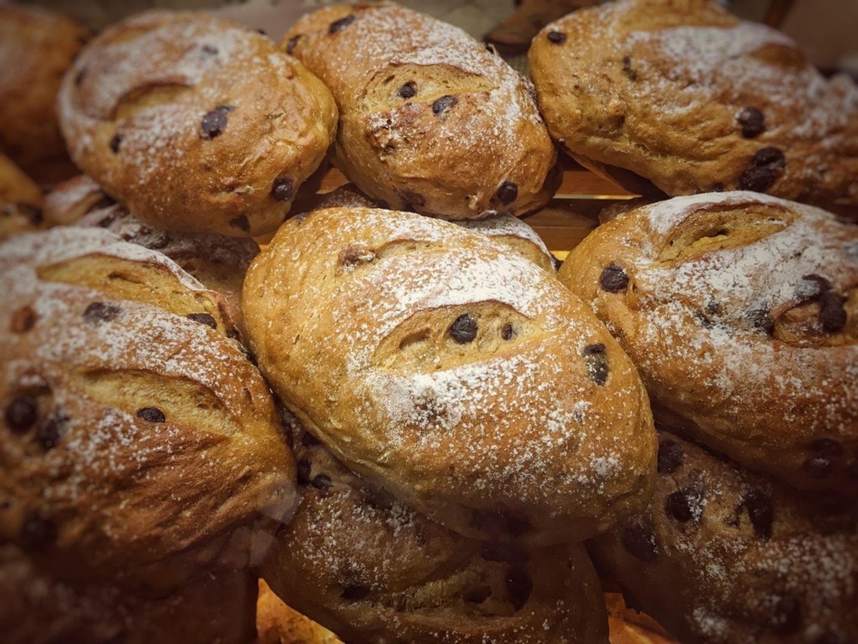 HiDubai-business-al-jadeed-bakery-abu-hail-food-beverage-bakeries-desserts-sweets-al-khabaisi-dubai-2