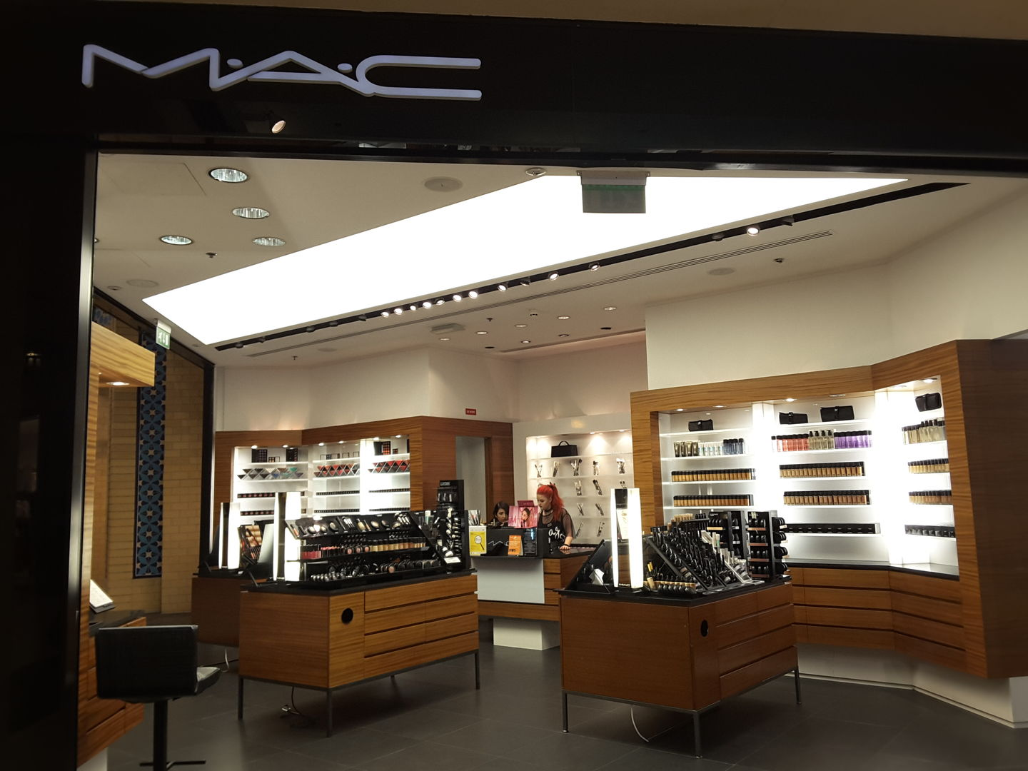 HiDubai-business-mac-shopping-beauty-cosmetics-stores-ibn-batuta-jebel-ali-1-dubai