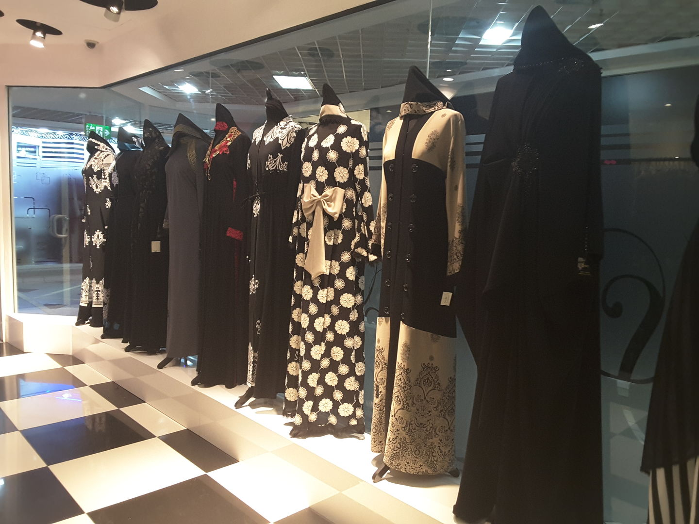 HiDubai-business-sweety-abaya-home-tailoring-hor-al-anz-east-dubai-2