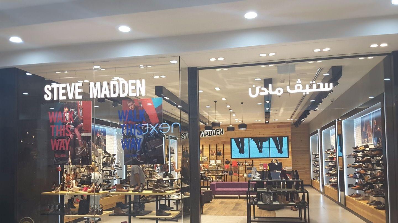 HiDubai-business-steve-madden-shopping-footwear-port-saeed-dubai-2