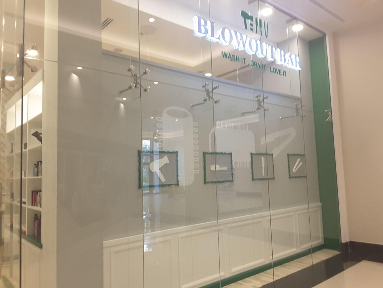 HiDubai-business-the-blowout-bar-hair-salon-beauty-wellness-health-beauty-salons-the-palm-jumeirah-nakhlat-jumeirah-dubai-2