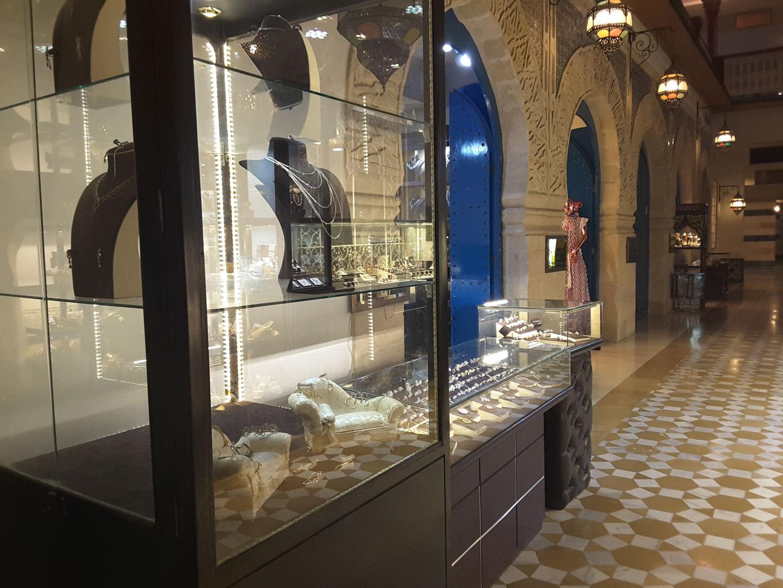 HiDubai-business-el-hajj-jewellery-shopping-jewellery-precious-stones-wafi-umm-hurair-2-dubai-2