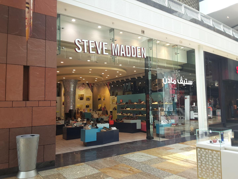 HiDubai-business-steve-madden-shopping-footwear-dubai-festival-city-al-kheeran-1-dubai-2