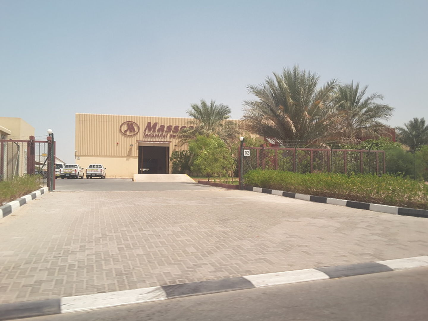 HiDubai-business-masseera-industrial-switchgear-b2b-services-distributors-wholesalers-jebel-ali-industrial-2-dubai-2