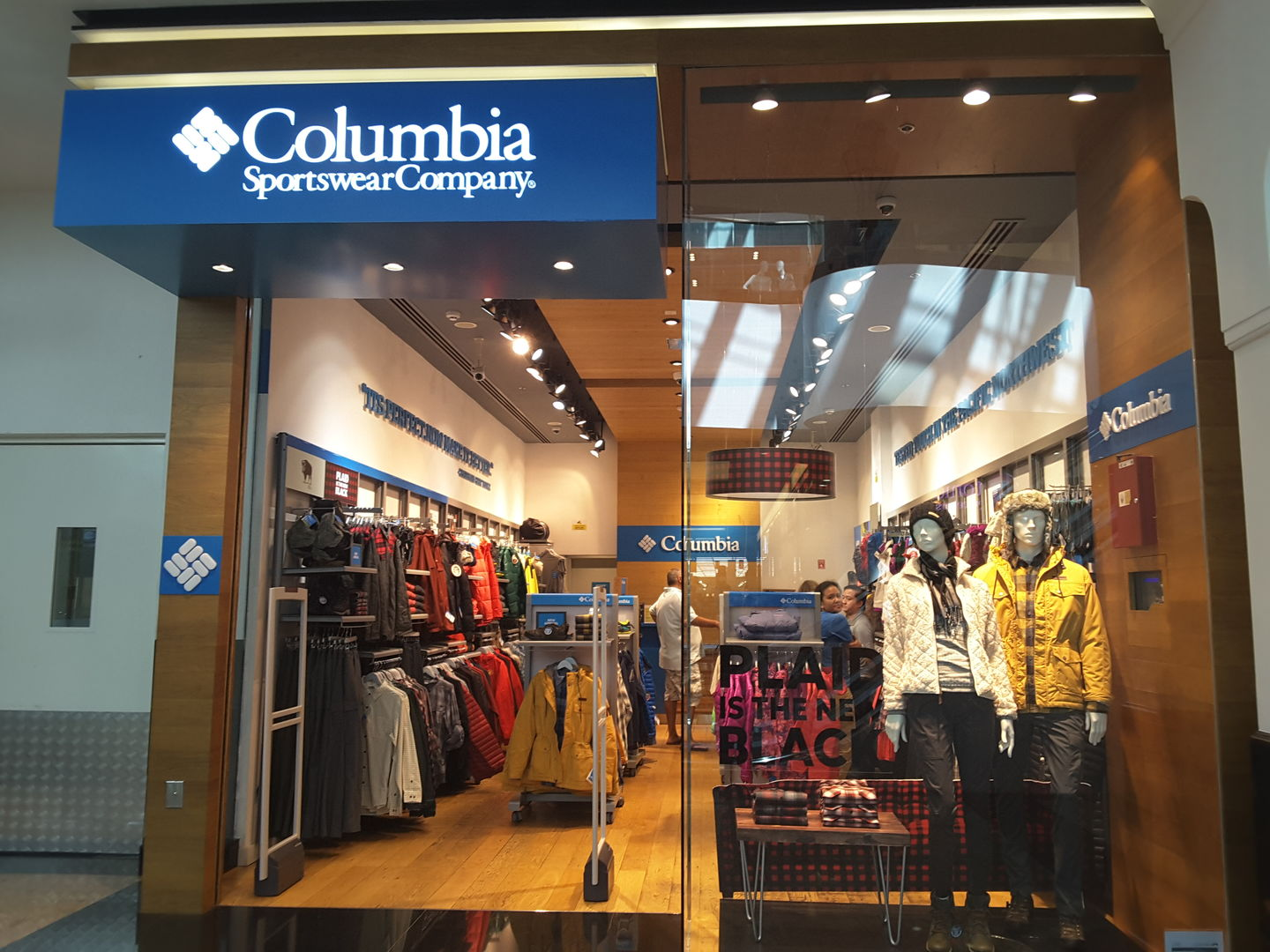 HiDubai-business-columbia-sportswear-company-shopping-apparel-al-barsha-1-dubai-2