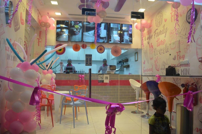HiDubai-business-51-rainbow-ice-cream-food-beverage-bakeries-desserts-sweets-al-karama-dubai