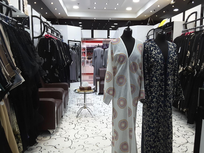 HiDubai-business-khulood-for-abyah-shelah-shopping-apparel-mirdif-dubai-2