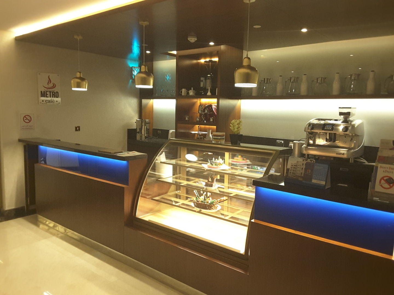 HiDubai-business-metro-cafe-food-beverage-coffee-shops-mankhool-dubai-2
