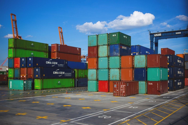 HiDubai-business-hapag-lloyd-shipping-logistics-sea-cargo-services-port-saeed-dubai