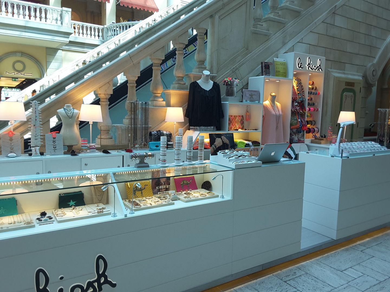 HiDubai-business-le-kiosk-shopping-apparel-jumeirah-1-dubai-2