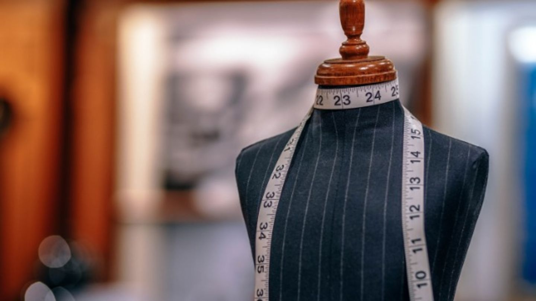HiDubai-business-rashid-ismail-tailoring-embroidery-shopping-custom-clothes-designers-al-rashidiya-dubai