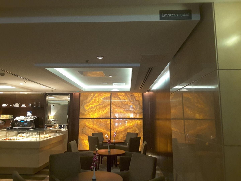 HiDubai-business-lavazza-food-beverage-coffee-shops-mankhool-dubai-5