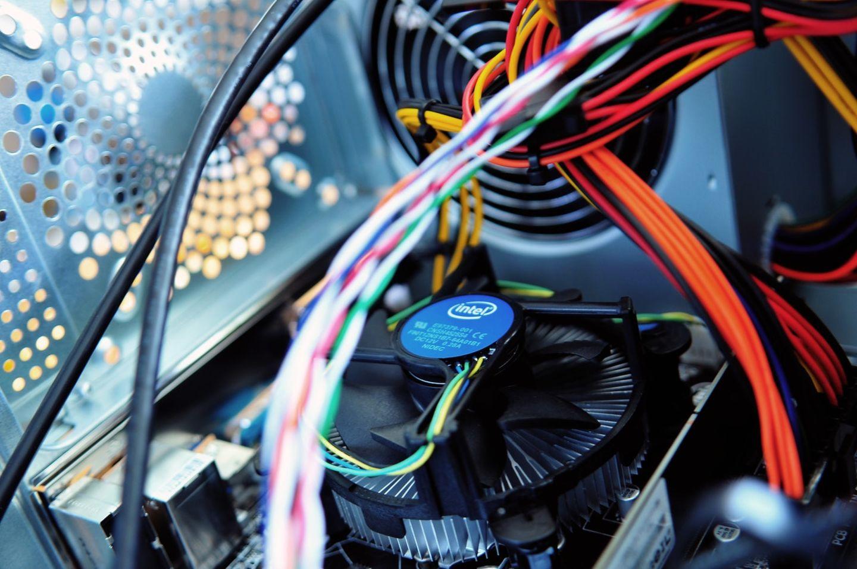 HiDubai-business-al-qaisr-electronic-equipment-repairing-workshop-home-handyman-maintenance-services-hor-al-anz-dubai-2