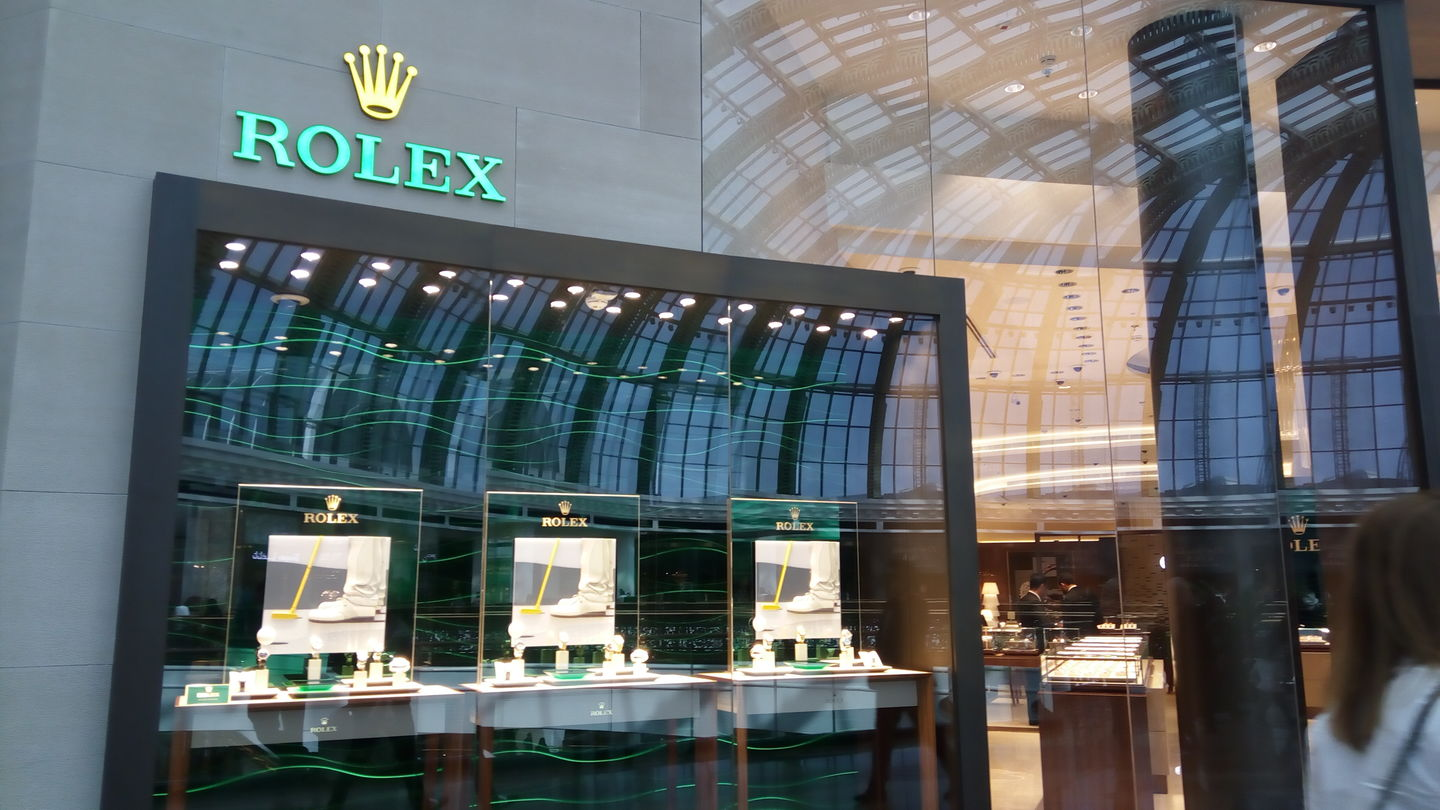 HiDubai-business-rolex-shopping-watches-eyewear-al-barsha-1-dubai-2